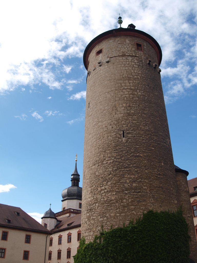 """ALT=""""Familienausflug in Würzburg zur Festung Marienburg"""""""