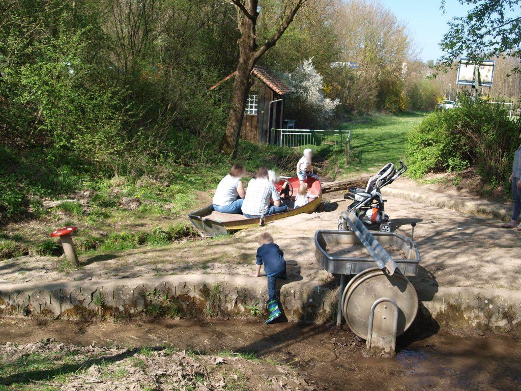 Boot im Abenteuerspielplatz Acholshausen