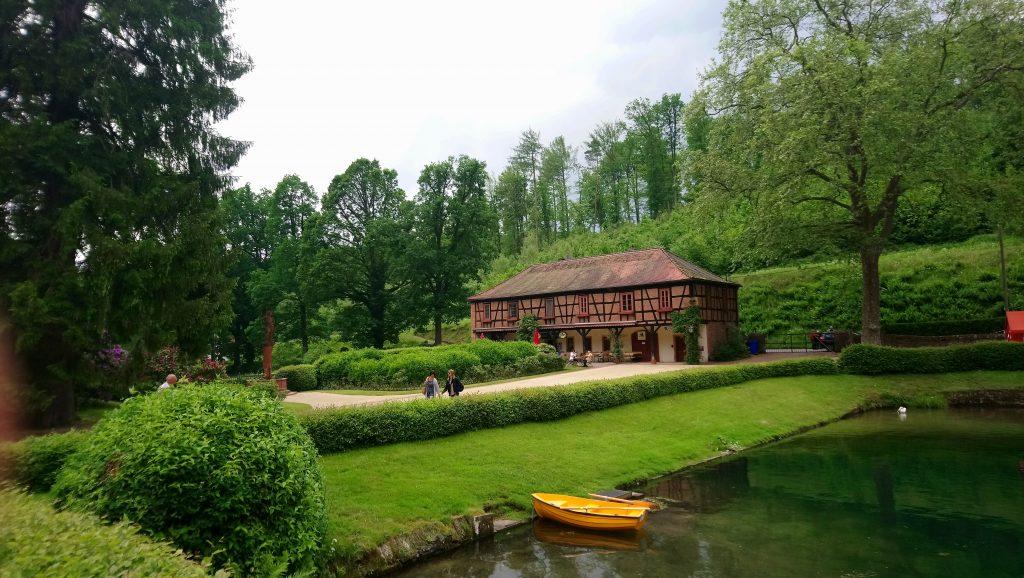 Schlossgarten in Mespelbrunn